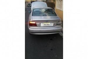 Carro bmw 530i