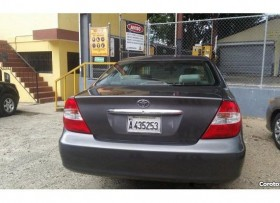 Carro Toyota Camry LE