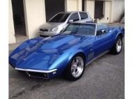 Chevrolet Corvette super carro clasico