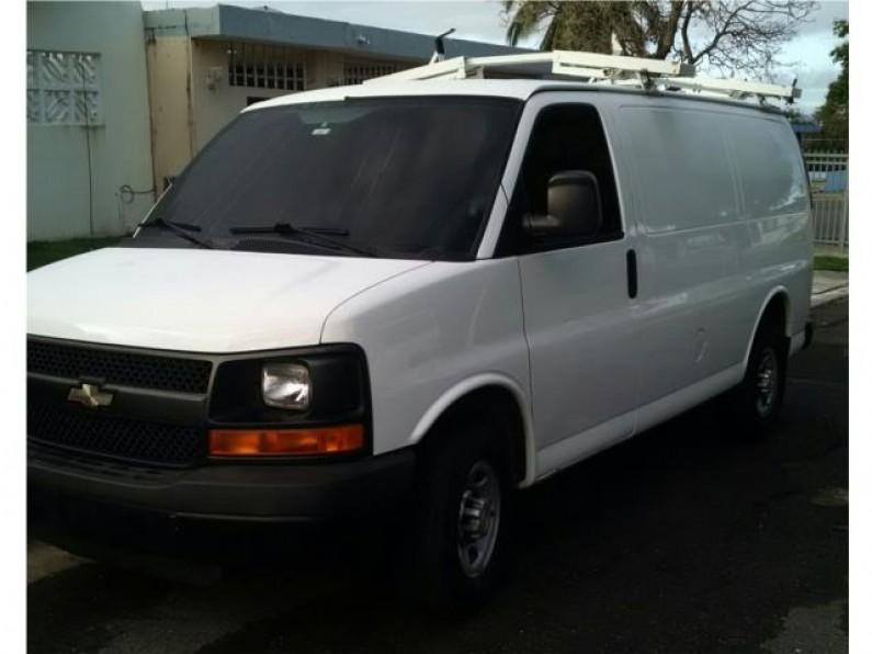 Chevrolet express van 2500