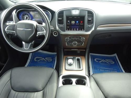 Chrysler 300 Limited 2015