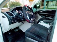Chrysler TOWN Y COUNTRY 2011