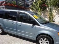 Chrysler Town  Country LX 2010