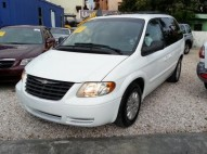 Chrysler town contry 2007 recien importada