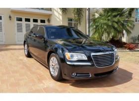 Chrysler 300 2013 con 65000 millas
