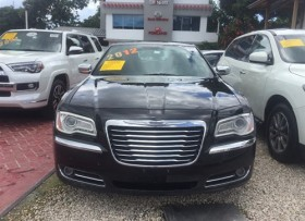 Chrysler 300 Limited 2012