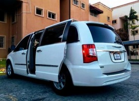 Chrysler TOWN Y COUNTRY LIMITED