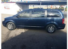 Chrysler Town &Country 2008