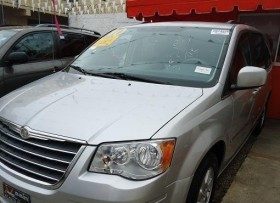 Chrysler Town  Country Touring 2010