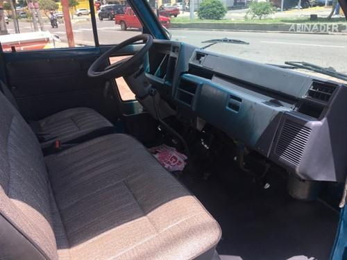 Daihatsu Delta Cama larga 1997