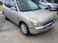 Daihatsu storia 2000 carro super economico