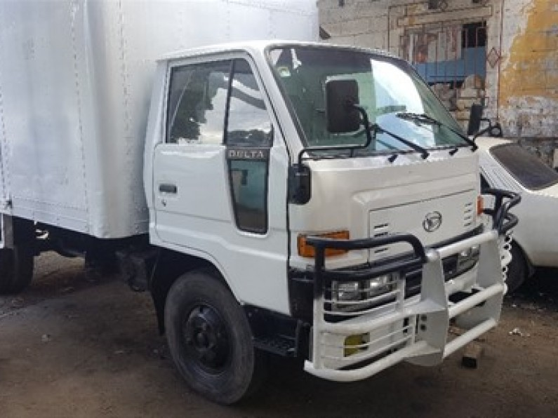 Daihatsu Delta Furgon 1998
