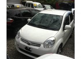 Daihatsu boon 2012 blanco