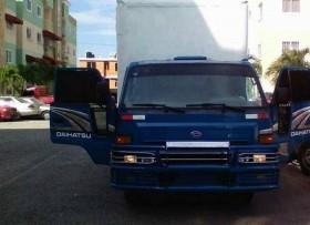 Daihatsu delta 2003 cama larga furgon