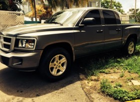 Dodge Dakota 2011 doble cabina