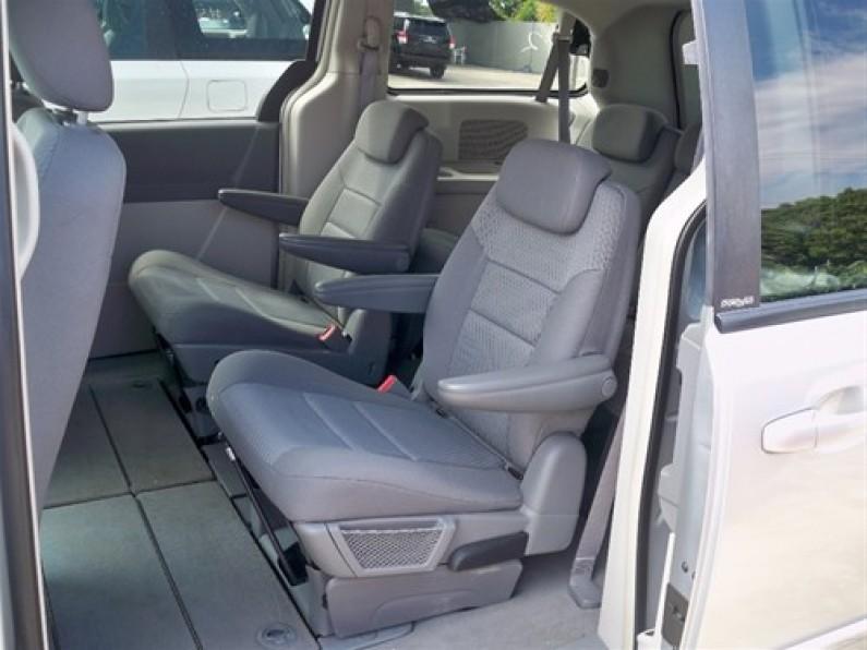 Dodge Grand Caravan SXT 2010