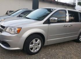 Dodge Grand Caravan SXT 2012