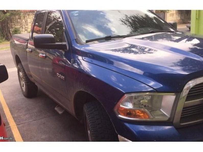 Dodge Ram1500 BIGHORN 2010
