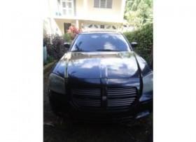 Dodge magnum 2005 en muy buenas condiciones
