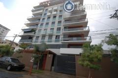 Dos Apartamentos en alquiler uno amueblado en Evaristo Morales  130 m2