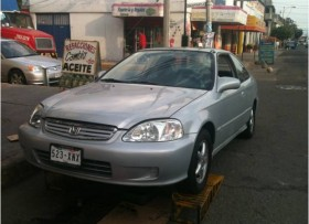 Excelente Honda Civic Coupe Aut 1999