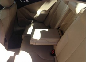 Excelentes condiciones VW Passat 2006 piel color marfil