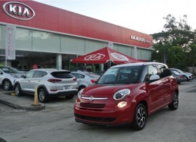 FIAT 500L COLOR ROJO 2014