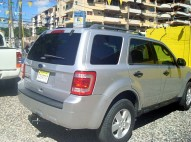 FORD ESCAPE GRIS PLATA 2012