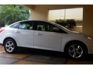 FORD FOCUS 2013 BLANCO pocas millas