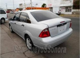 FORD FOCUSAUT 2005 IMPECABLE 64000 NEGOCIABLE