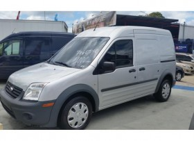 FORD TRANSIT CONNECT 2012 COMO NUEVA