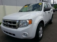 Ford Escape 2008 4x4 XLT blanca 4WD