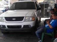 Ford Explorer 02 4x4 Equipo Gas Profesional