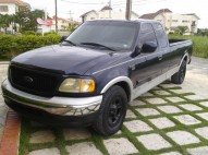 Ford F-150 Lariat 2002 cabina