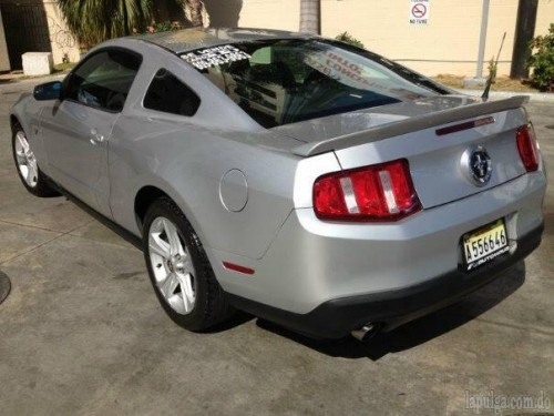 Ford Mustang 2011 unico Dueño Us22000