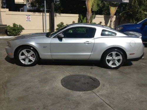 Ford Mustang 2011 unico Dueño Us22000