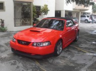 Ford Mustang 99 Rojo Convertible Optimas Condiciones