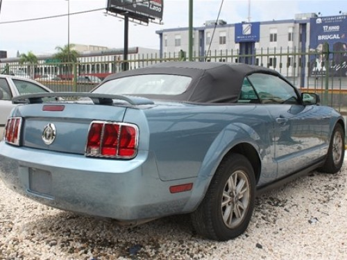Ford Mustang Convertible 2006