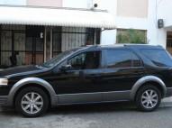 Ford Taurus 2008 x Negro