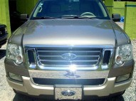 Ford explorer 2006 xlt 4x4 sunroof