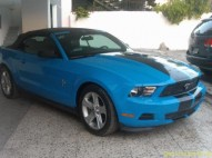 Ford mustang 2006 negro 6 cilindros