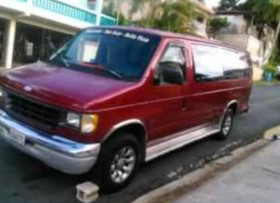Ford Club Wagon del 1995 Se Vende o se Cambia