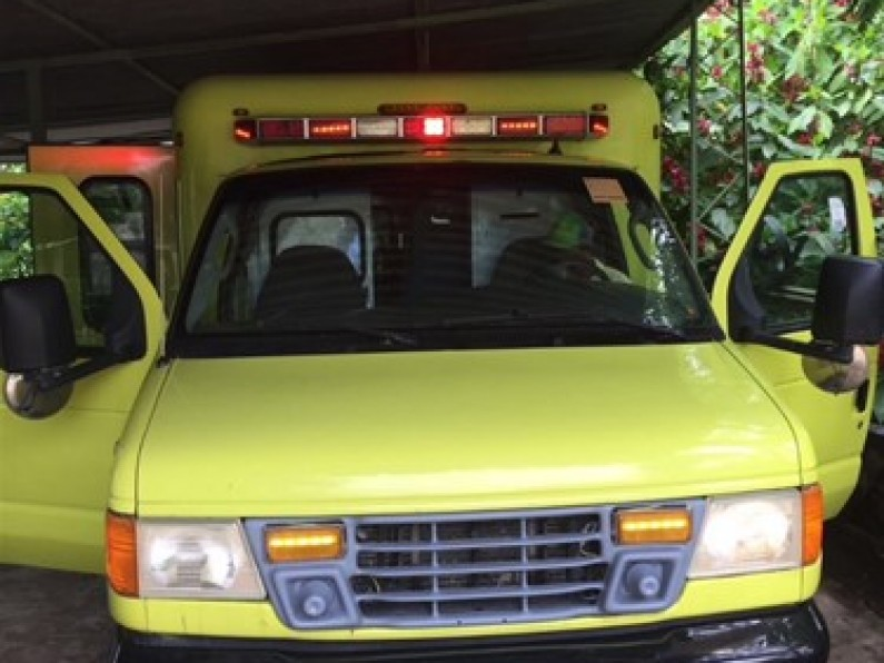 Ford E-350 Ambulancia 2007