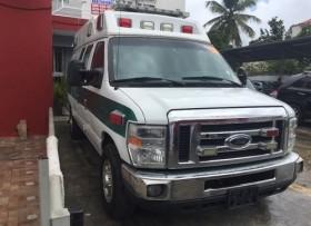 Ford E-350 Ambulancia 2009
