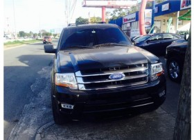 Ford Expedition XLT 2015