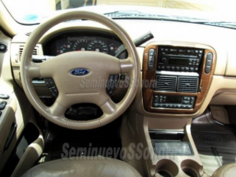Ford Explorer 2004 eddie bauer impecable