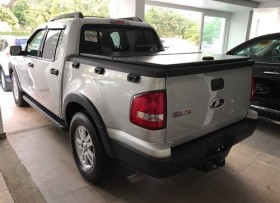 Ford Explorer Sport Trac 2010