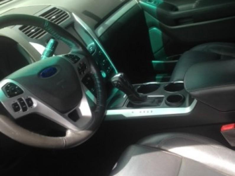 Ford Explorer XLT 013 4x2