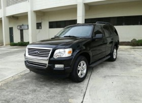 Ford Explorer XLT 4WD 2010