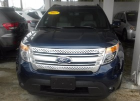 Ford Explorer XLT 4WD 2012